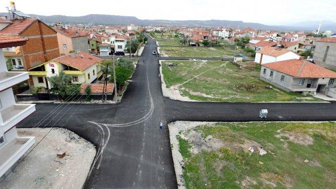 Aksaray'da asfalt çalışmaları devam ediyor