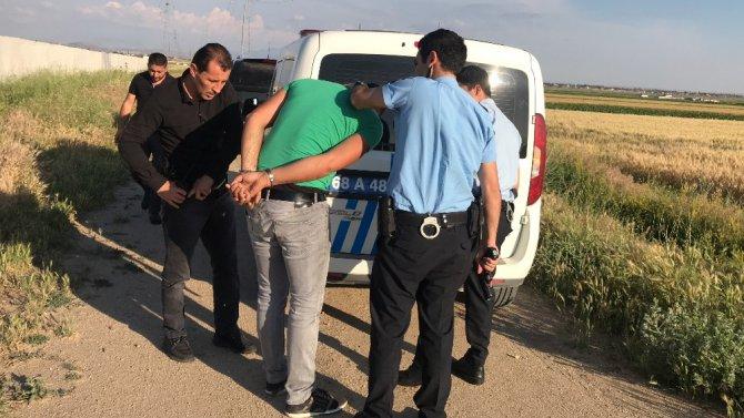 Cezaevi firarisi buğday tarlasında yakalandı