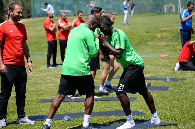 Atiker Konyaspor Bolu kampındaki hazırlıklarına devam ediyor