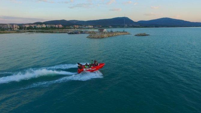"""Beyşehir'de adrenalin tutkunlarının """"jetboat"""" heyecanı"""