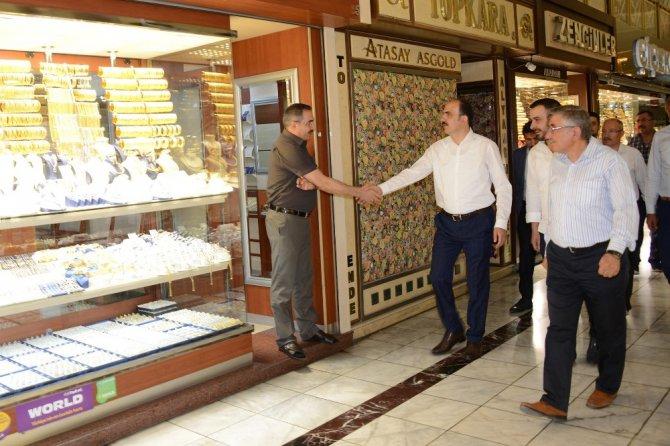 Başkan Altay, Şehir İstişarelerinde sarraflarla buluştu