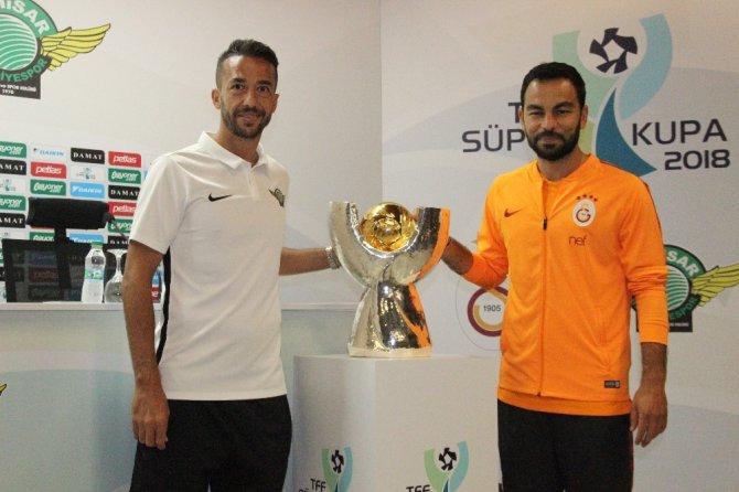 Son şampiyonlar Süper Kupa maçında kozlarını paylaşacak
