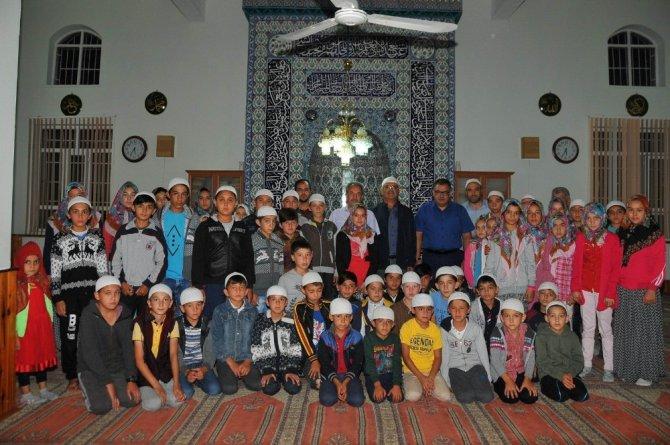 Başkan Akkaya çocuklarla sabah namazında buluştu