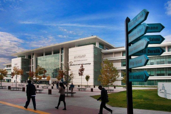 KTO Karatay, lojistik ve uluslararası ticaret alanında uzman mezunlar yetiştiriyor
