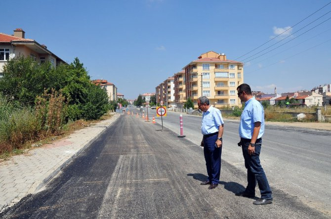 Akşehir'de asfaltlama seferberliği