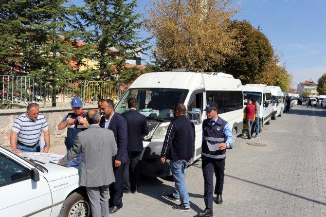 Kulu'da öğrenci taşıyan servis araçları denetlendi