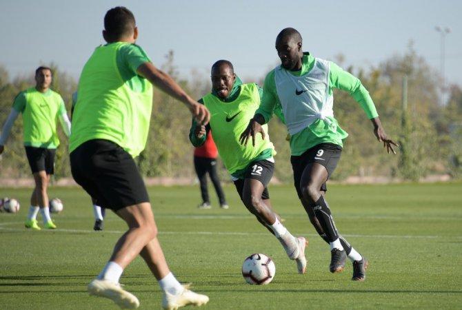 Atiker Konyaspor, DG Sivasspor hazırlıklarını sürdürüyor