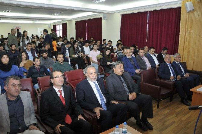 """""""Türk Dış Politikasında Yumuşak Güç Unsurları"""" konferansı yapıldı"""
