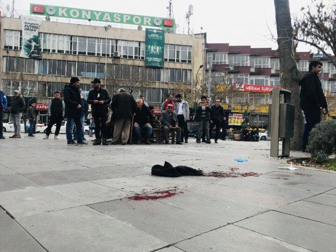 Testereli bıçaklı kavgada 2 kişi yaralandı