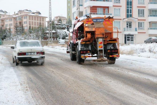 Beyşehir Belediyesinin kar mesaisi başladı
