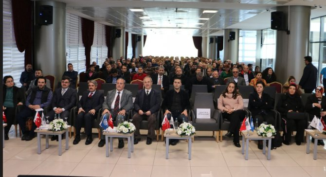 """KTO Karatay'da """"Karatay Sosyal Gelişim Projesi"""" semineri"""