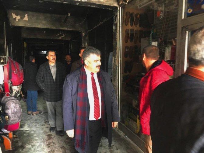 Başkan Özgüven yangında işyerleri zarar gören esnafları ziyaret etti