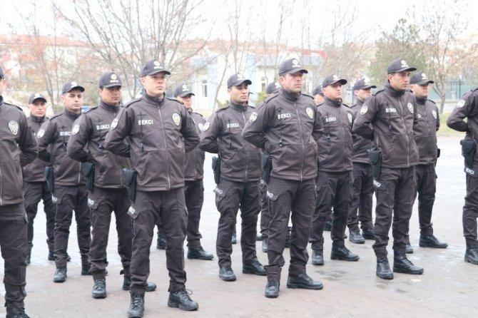 Aksaray'da çarşı ve mahalle bekçileri göreve başladı