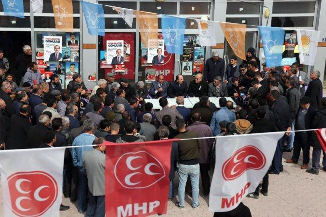 Başkan Altay, Halkapınar ve Emirgazi'de vatandaşlarla buluştu