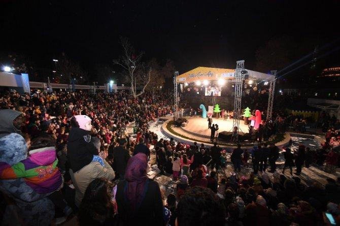 Konya'da çocukların fener alayı coşkusundan renkli görüntüler