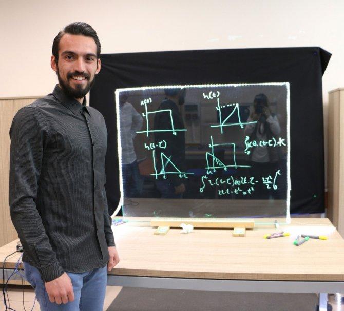 """KTO Karataylı mühendislerden """"Light Board"""" stüdyosu"""