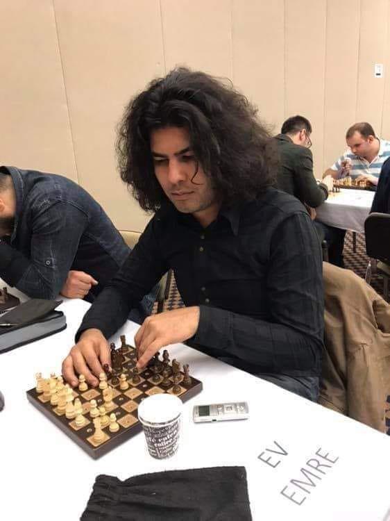 Milli satranççı Emre Ev son yolculuğuna uğurlandı