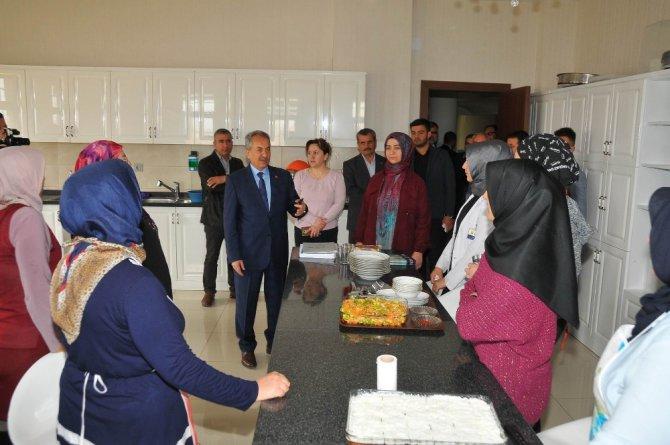 """Başkan Akkaya: """"Akşehir'de 5 yılda 568 milyon liralık yatırım gerçekleştirildi"""""""