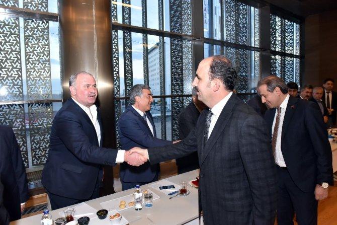 Başkan Altay, ilçelerin şoförler odası başkanlarıyla buluştu