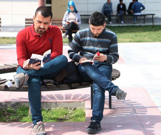 """KTO Karatay'da """"Birlikte Kitap Okuyalım"""" etkinliği"""