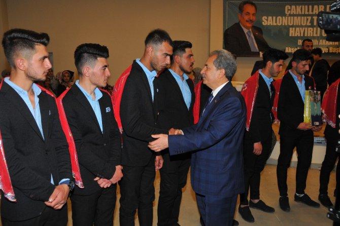 Başkan Akkaya asker uğurlama eğlencesine katıldı