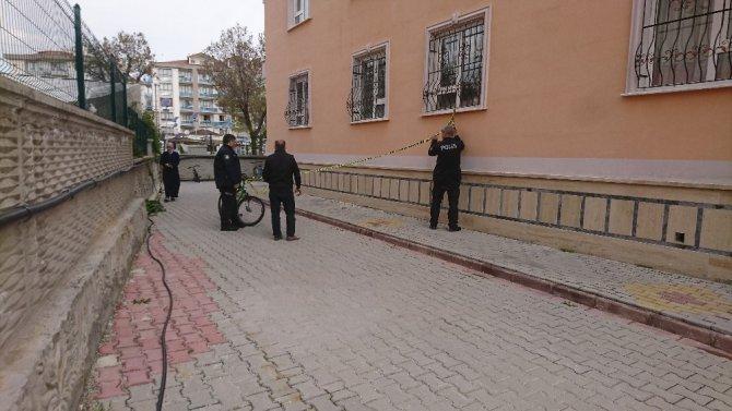 Konya'da 5. kattan düşen çocuk hayatını kaybetti