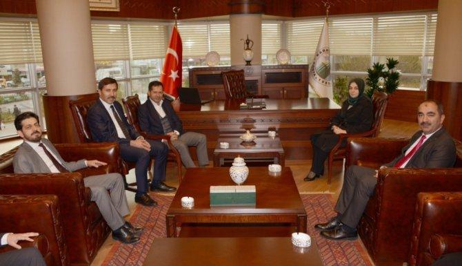 Leyla Şahin Usta ve Ziya Altunyaldız'dan Başkan Kılca'ya ziyaret