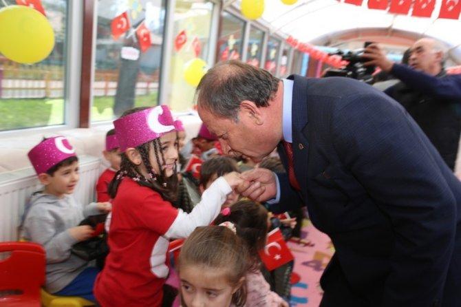 Başkan Oprukçu'dan belediye kreşine ziyaret