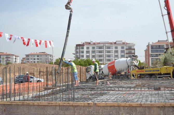 Karatay Belediyesinden eğitime 20 milyon liralık destek