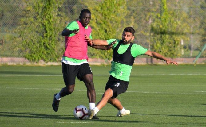 Konyaspor'da Kasımpaşa maçı hazırlıklarına başladı