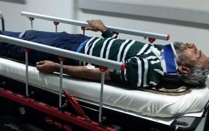 Elektrik direğinden düşen işçi hastanelik oldu