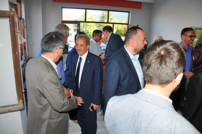 Başkan Akkaya ve AK Parti'den MHP'ye teşekkür ziyareti