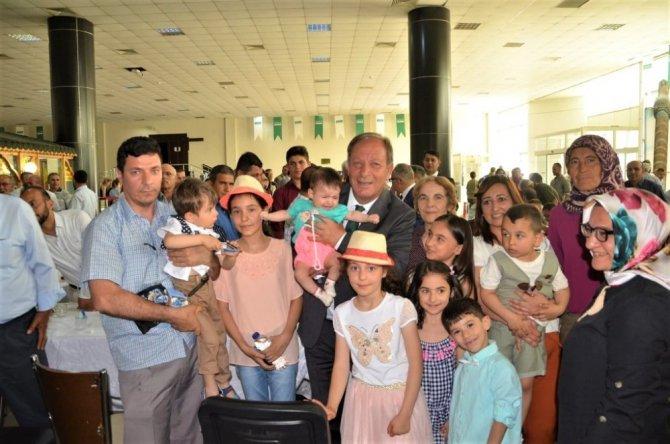 Başkan Oprukçu bayramda da hemşehrileriyle buluştu