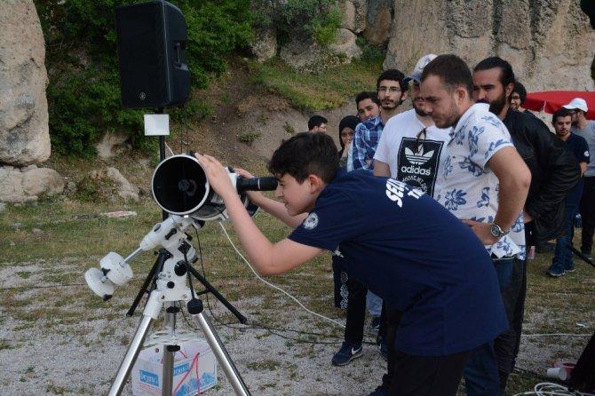 Üniversiteli gençler Bilim Merkezi Gözlem Etkinliğinde buluştu