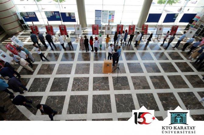 KTO Karatay Üniversitesinde 'Şehitler Dile Geldi' sergisi