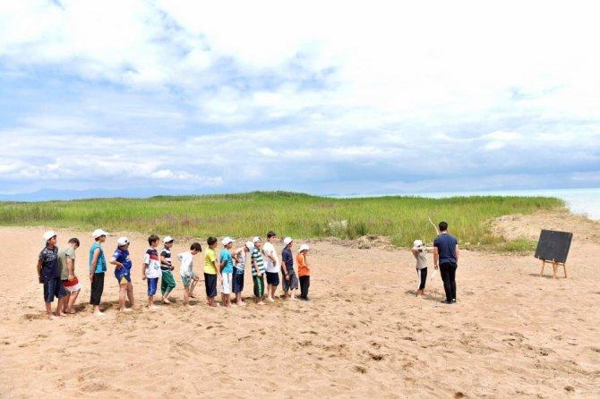 Başkan Altay, Atabey Gençlik ve Eğitim Kampında öğrencilerle buluştu
