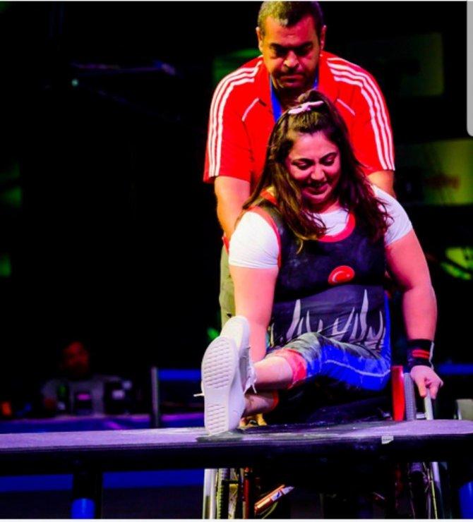 Meram Belediyesporlu halterciler dünya şampiyonasına damga vurdu