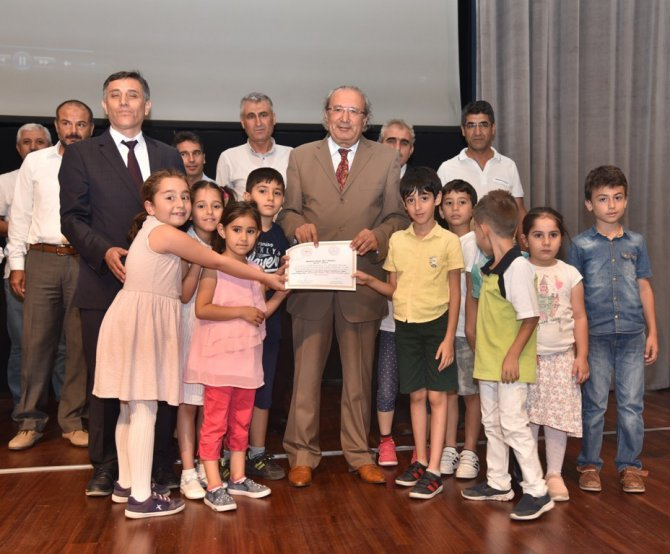 Beyaz bayrak ve beslenme dostu okul programı sertifika töreni yapıldı
