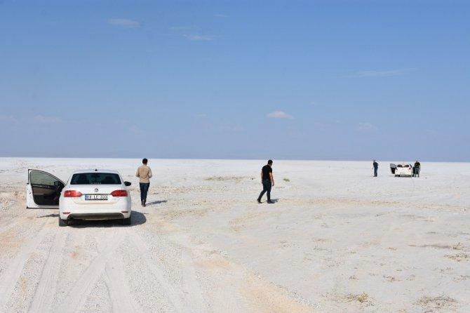 Aksaray'ın Eskil ilçesinden Tuz Gölü'ne yol açıldı