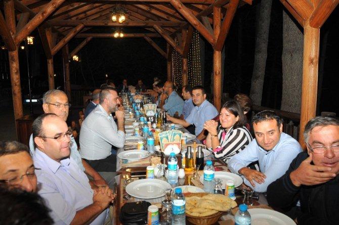 Başkan Akkaya'dan Kaymakam Türk'e veda yemeği