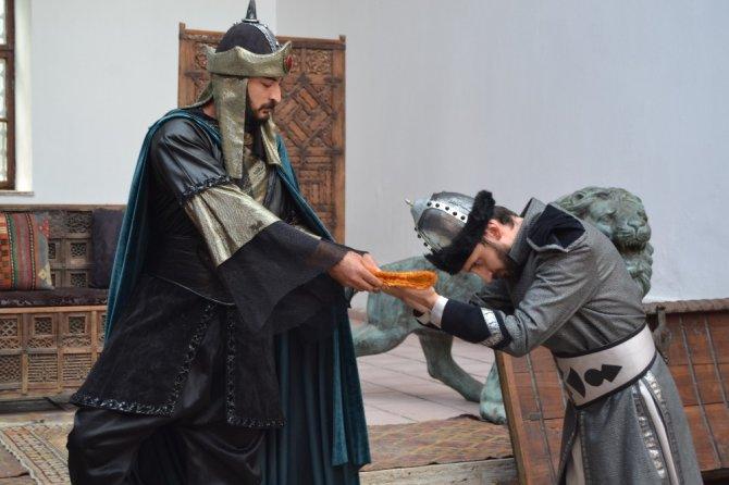 3. Alaeddin Keykubat'ın temsili beratı Söğüt'e gönderildi