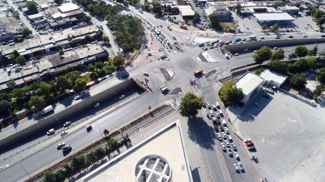 Büyükşehirden trafiği rahatlatacak düzenlemeler