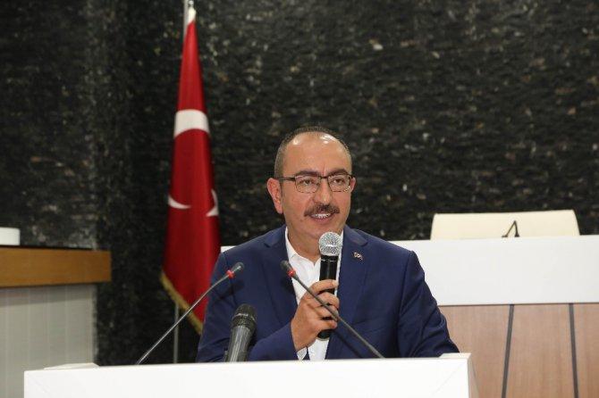 """Başkan Kavuş: """"Meram'ı makamdan değil, sokaktan yönetiyoruz"""""""