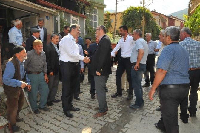 Erdem ve Akkaya mahalle ziyaretlerini sürdürüyor