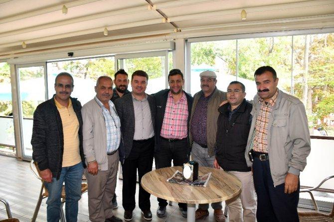 Başkan Dinçer emeklileri ziyaret etti