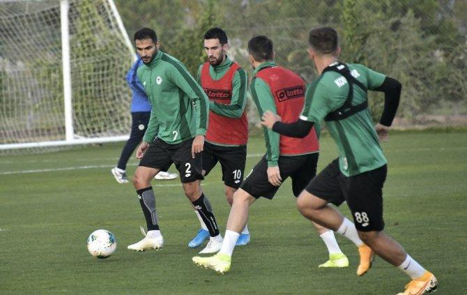 Konyaspor'da Fenerbahçe maçı hazırlıkları başladı