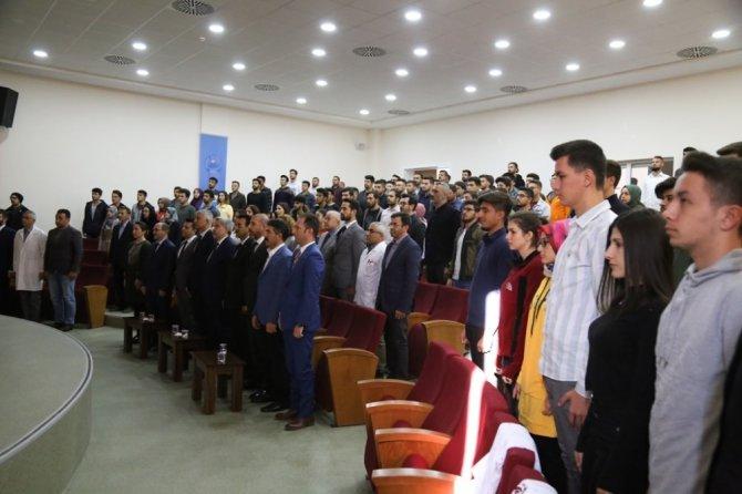 Veteriner Fakültesine yeni katılan 41 öğrenci beyaz önlük giydi