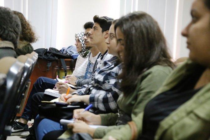ASÜ'de felsefe toplantısı gerçekleştirildi