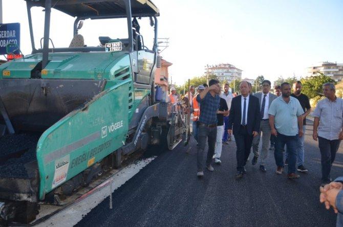 Ereğli Belediyesi sıcak asfalt çalışmaları devam ediyor