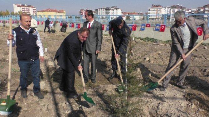Beyşehir'de şehit uzman onbaşı anısına fidan dikildi